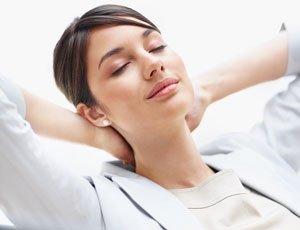 Automassagem para aliviar dor e relaxar Dor Saúde de A a Z