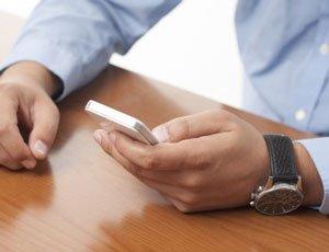 Os problemas de saúde causados pelo uso de smartphone e como evitá-los Dor